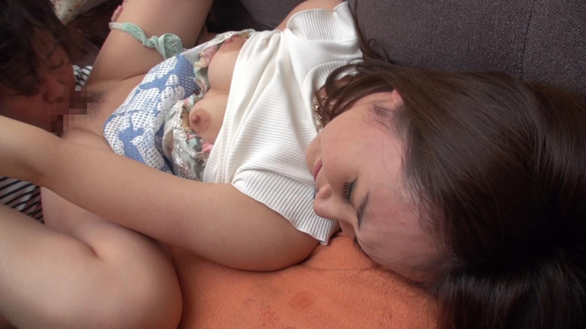 エロ動画人妻ナンパで中出しセックス痙攣逝きで快楽堕ち